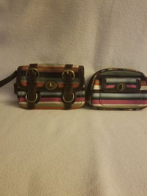 Coach wallet/wristlet, cosmetic case for Sale in Dunedin, FL