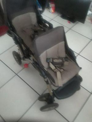 Graco double stroller for Sale in Orlando, FL