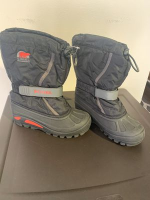 Kids sorel snow boots size 3 for Sale in Huntington Beach, CA