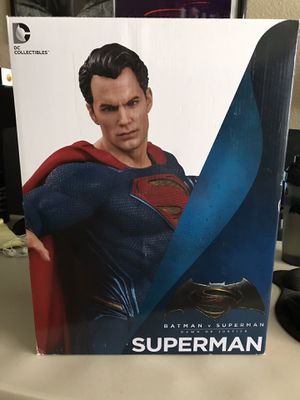 Dc collectibles Superman statue for Sale in Chula Vista, CA