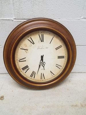 24 inch wall clock for Sale in Brooklyn, NY