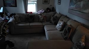 Sectional couch for Sale in Columbus, OH