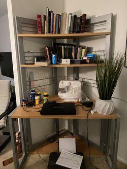Corner office desk for Sale in Silver Spring,  MD
