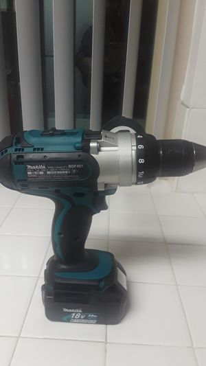 New makita drill BDF451 for Sale in Los Angeles, CA