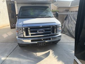 Ford E450 for Sale in Fresno, CA
