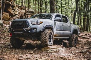 Toyota Tacoma 2016 - 2021 southern style off road steel bumper for winch for Sale in Chula Vista, CA