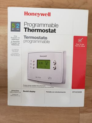 Brand New - Honeywell 5-2 Day Programmable Thermostat with Backlight for Sale in St. Petersburg, FL