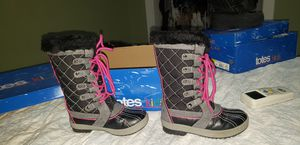 snow boots girl size 12 for Sale in Miami, FL
