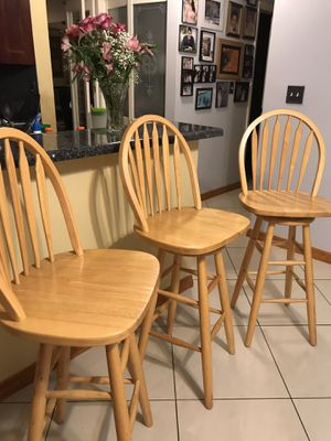 Bar stools - wood - 3 swivel perfect condition for Sale in Fort Lauderdale, FL