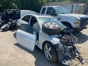 2010 Mercedes E350 parting out. Parts for Sale in Houston, TX