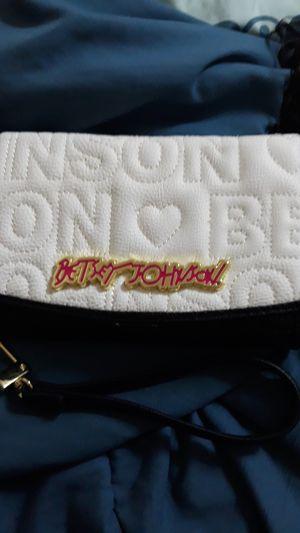 Betsey Johnson wristlet wallet for Sale in Houston, TX