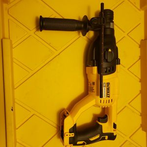 Milwaukee Brushless Rotory Hammer for Sale in Glendale, AZ