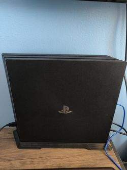 Sony PS4 Pro for Sale in Pottstown,  PA