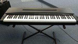 Yamaha PP-50 Keyboard 75 keys with stand good condition for Sale in Virginia Beach, VA