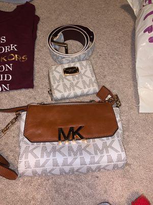 Michael Kors Bundle for Sale in Upper Marlboro, MD