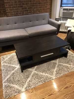 Coffee Table and Rug for Sale in New York, NY
