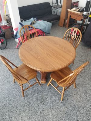 Solid Oak Dining Table with 4 Chairs for Sale in Sunbury, OH