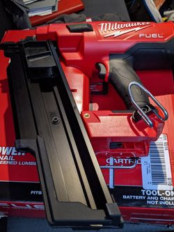 Milwaukee M18 Fuel Framing Nailer for Sale in Henderson,  TX