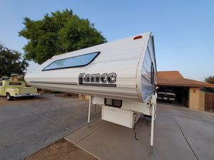 2005 Lance 845 fully self contained for Sale in Peoria, AZ