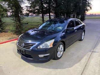 2013 Nissan Altima for Sale in Sanger,  CA