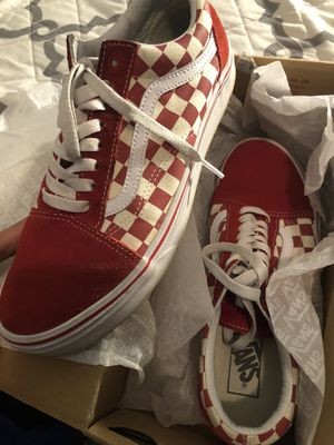 Vans Red Checkered Old Skool Size 8 for Sale in Waterbury, CT