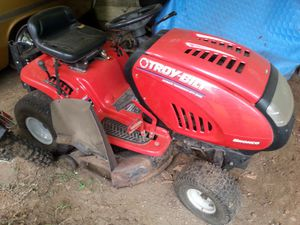 Troybuilt riding lawn mower for Sale in Renton, WA