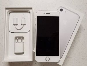 Like New, Mint iPhone 8 64gb White/Silver for Sale in Decatur, GA