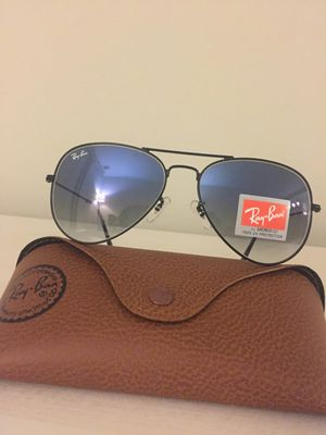 Authentic New RayBan Aviator Sunglasses for Sale in Houston, TX