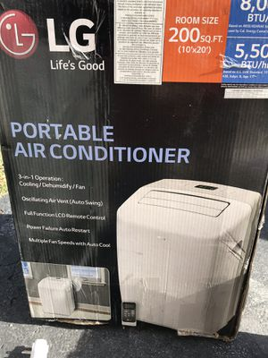 LG Electronics 8,000 BTU (5,500 BTU,DOE) Portable Air Conditioner, 115-Volt w/ Dehumidifier Function in White for Sale in Bolingbrook, IL