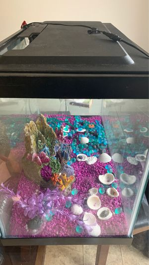 Glass fish tank for Sale in WA, US