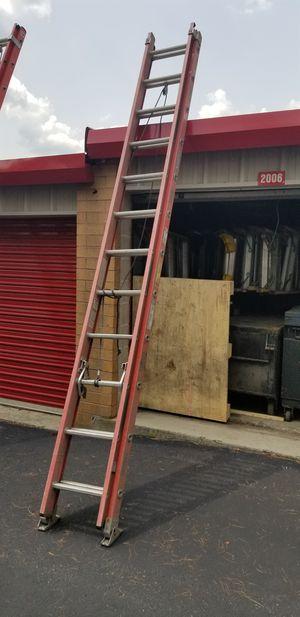 24 ft Fiberglass Extension Ladder, 300 lb capacity OSHA Approved. for Sale in Hamilton Township, NJ