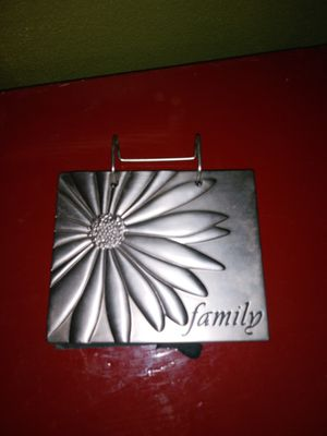 Standing photo album for Sale in Henry, IL