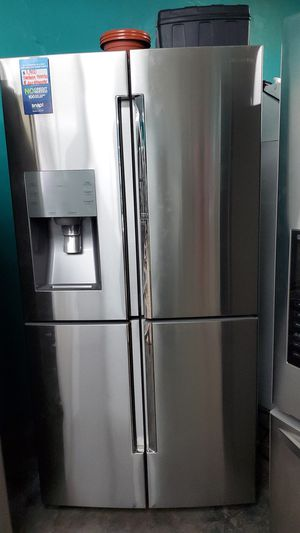Samsung refrigerator stainless for Sale in Hawthorne, CA