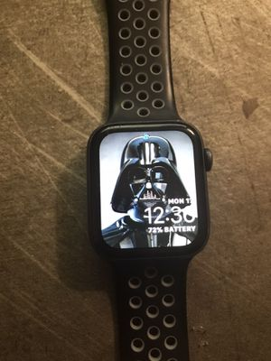 Apple Watch Series 4 44Mm GPS for Sale in Rancho Cucamonga, CA