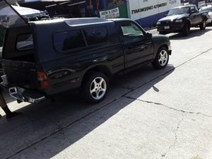 Toyota tacoma 96 for Sale in San Diego, CA