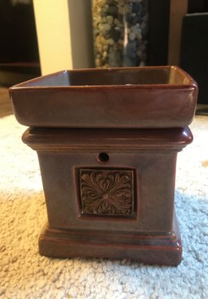 Lamp oil/wax warmer for Sale in Odenton, MD
