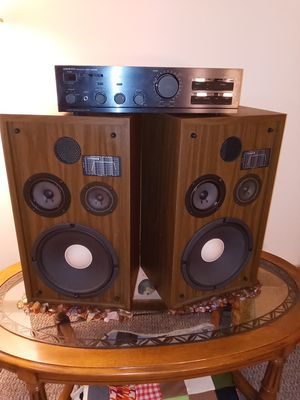 Onkyo 8150 amplifier 12 inch Fisher Subs for Sale in Willmar, MN