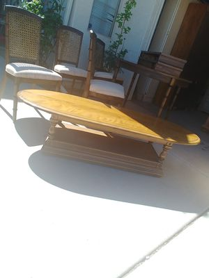Vintage Coffee Table for Sale in Surprise, AZ