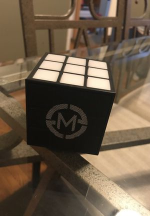Mobi Cube Speaker for Sale in Villa Park, IL