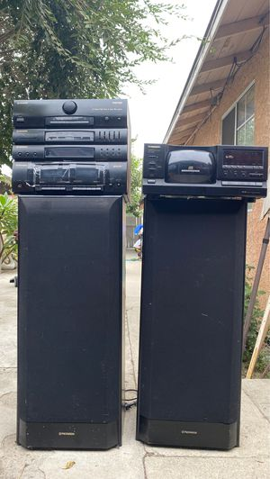 Pioneer System (PD-F907 CD player w/RX-590 receiver & speakers included) for Sale in South Gate, CA