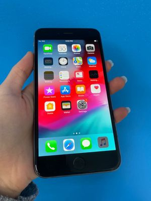 Apple iPhone 6 Unlocked for Sale in Tacoma, WA