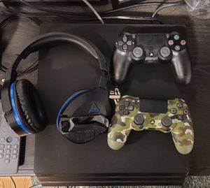 Like New PS4 Pro!! & Turtle Beach Stealth 700 for Sale in Medford, MA