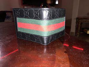 Gucci Men's Wallet for Sale in Dearborn, MI