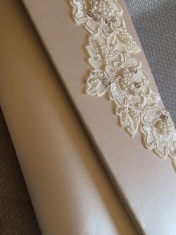 White Satin Pearl And Rhinestone Clutch for Sale in Columbus,  OH