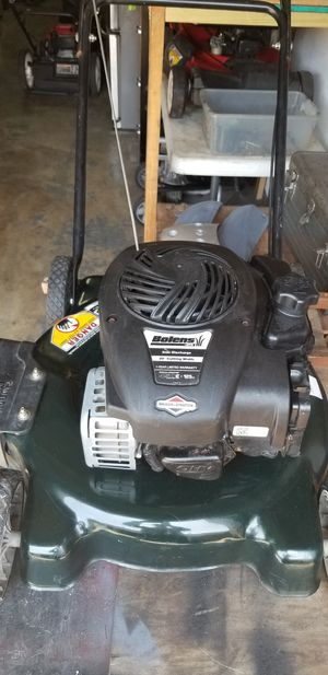 Lawn machine very good condition for Sale in Jacksonville Beach, FL