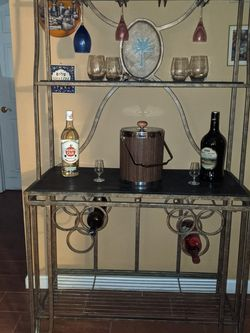 Baker's rack/ Bar Metal With Wood for Sale in Tampa,  FL