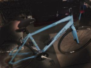 """Specialized sirus bike great condition 700c tires 27"""" frame for Sale in Anaheim, CA"""