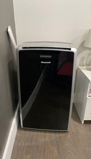 Honeywell Portable Air Conditioner Heat Dehumidify Fresh Air for Sale in Long Beach, CA