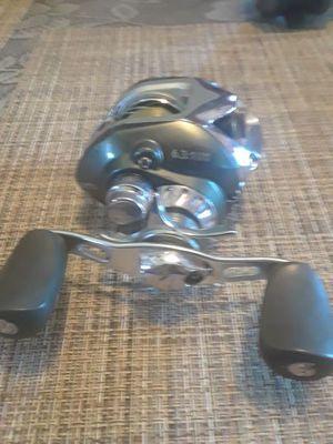 Fishing reel for Sale in Cedar Hill, TX