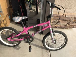 Bike girls 18 inch for Sale in Fresno, CA